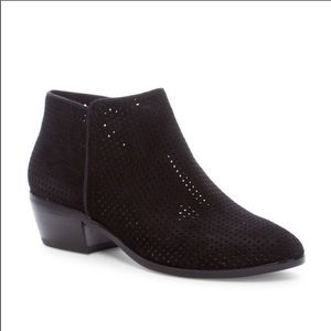 Sam Edelman pipp black perforated low heel bootie